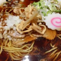 名駅新幹線口 エスカ地下街のふくろう食堂で濃い目のあっさり中華そばを食べてみた。