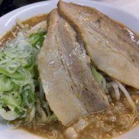 近鉄名古屋駅より徒歩3分、名駅東側にあるつけ麺・ラーメン フジヤマ55 でガッツリ二郎系濃厚ラーメンを食べてみた。
