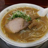 名古屋駅ミヤコ地下街、超老舗札幌ラーメン店 熊ちゃん で10年ぶり懐かしの味噌ラーメンを食べてみた。