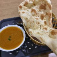 ネパールから来たギリさんのミト・カレーでチキンカレーとナンを食べてみた。