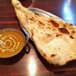 名駅西口から徒歩5分、新装オープンしたカフェレストラン ネパール料理ナマステ で チキンカレーを食べてきた。